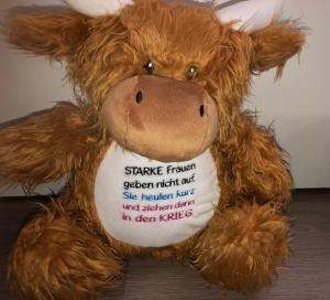 Sehr schönes Motivation Kuh mit schönem Spruch Starke Frauen - Handarbeit kaufen