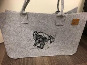 Sehr schöne bestickte Filztasche/ Tragetasche/ Shopper Boxer  - Handarbeit kaufen