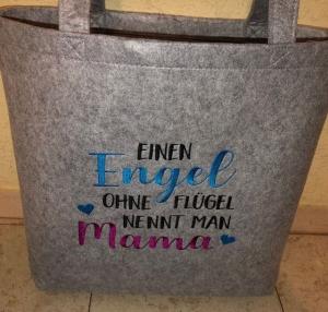 Sehr schöne bestickte Filztasche/ Tragetasche/ Shopper Muttertag, Mutter, Geschenk - Handarbeit kaufen
