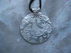 Amulett Anhänger Pfau aus 999 Silber handgearbeitetes Unikat