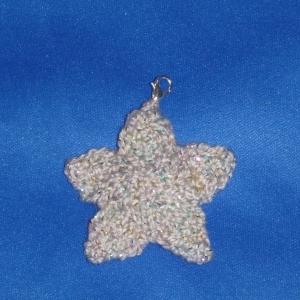 gestrickter Schlüsselanhänger Stern mit Glitzer - Handarbeit kaufen