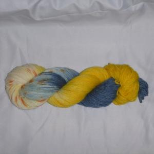 Handgefärbte Sockenwolle (4-fädig) Gelbes U-Boot