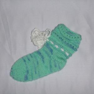 handgestrickte Baby-Socken mit Binde-Band in hell blau 18/19