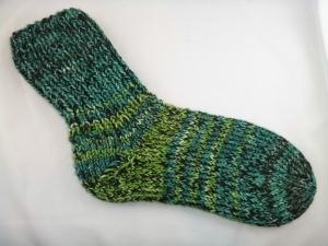 handgestrickte extra dicke Socken in grün-schwarz mit Glitzerfaden Größe 38/39 Irland
