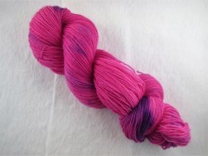 Handgefärbte Sockenwolle (4-fädig) pinke Träume