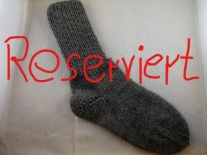 handgestrickte extra dicke Socken in uni hellgrau Größe 40