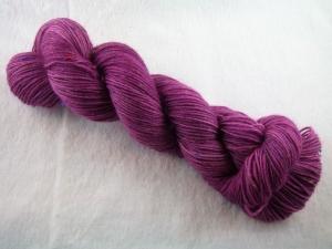 Handgefärbte Sockenwolle Tweed (100gr /420m) Amethyst - Handarbeit kaufen