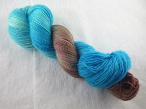 handgefärbtes Lacegarn (3-fädig) *extra kuschelig* (100gr/ 550m) Planet Erde
