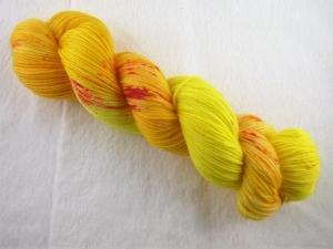 handgefärbtes Lacegarn (3-fädig) *extra kuschelig* (100gr/ 550m) Here comes the  sun - Handarbeit kaufen
