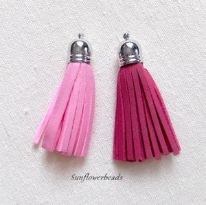 2x Quaste aus Velour, Kunstleder, rosa und fuchsia mit silberner Kappe - Handarbeit kaufen