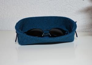 Brillenablage aus Filz in türkis, grau oder anderen Farben - ein praktisches Geschenk für Männer und Frauen