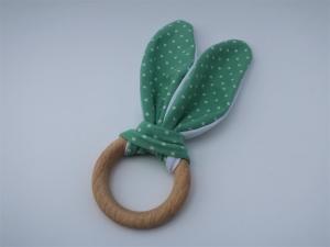Greifling aus Holz und Stoff - ein schönes Geschenk für ein Baby - kleines Babyspielzeug - Ring mit bunten Ohren - weiße Punkte - Handarbeit kaufen