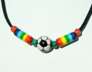 Halskette bunte Fußball-Welt Keramik Velourleder Geschenk - Handarbeit kaufen