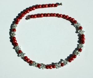 Kinder-Kette ROT-TÖNE runde Perlen Blütensternchen klar  - Handarbeit kaufen