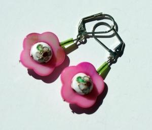 Ohrhänger Perlmutt-Blume ROSA mit Cloisonne-Kugel romantisch  - Handarbeit kaufen