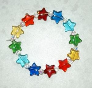 Kinderarmband REGENBOGEN-STERNE elastisch Glas bunt fröhlich   - Handarbeit kaufen