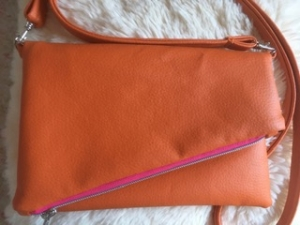 Umhängetasche modische Handtasche Foldoverbag - Handarbeit kaufen