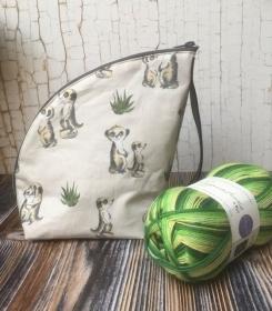 Tasche/ Projekttasche/ Kulturbeutel  ERDMÄNNCHEN + WYS Wolle in grün - Handarbeit kaufen