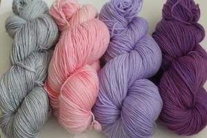 Handgefärbte Kuschel-Sockenwolle und Glitzer-Sockenwolle Set ZH/FLV1S von Farbenspielerei - Handarbeit kaufen