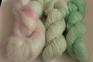 Handgefärbte Wolle Merino und Mohair Set 20/1 von Farbenspielerei - Handarbeit kaufen