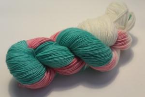 Handgefärbte klassische Sockenwolle 4-fädig 19/3 von Farbenspielerei - Weihnachtssonderedition -