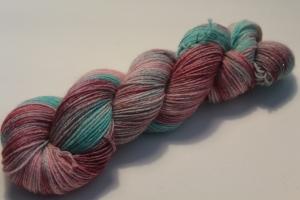 Handgefärbte Glitzer-Sockenwolle 4-fädig 19/10 von Farbenspielerei - Weihnachtssonderedition -