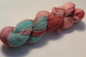Handgefärbte klassische Sockenwolle 4-fädig 19/11 von Farbenspielerei - Weihnachtssonderedition -