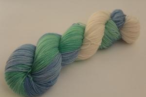 Handgefärbte klassische Sockenwolle 4-fädig 19/41 von Farbenspielerei - Weihnachtssonderedition - - Handarbeit kaufen