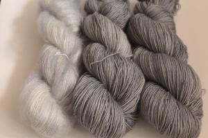 Handgefärbte Wolle Merino und Mohair-Seide Set 20/7 von Farbenspielerei