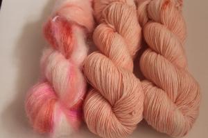 Handgefärbte Wolle Merino und Mohair-Seide Set 20/8 von Farbenspielerei