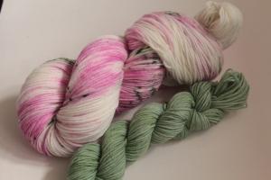 Handgefärbte Luxus-Sockenwolle Set 20/2 von Farbenspielerei