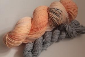 Handgefärbte Luxus-Sockenwolle Set 20/5 von Farbenspielerei