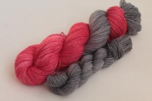 Handgefärbte klassische Sockenwolle 4-fädig Set O-20/2 von Farbenspielerei - Ostersonderedition -