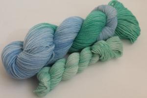 Handgefärbte klassische Sockenwolle 4-fädig Set O-20/6 von Farbenspielerei - Ostersonderedition -