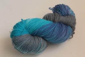 Handgefärbte Kuschel-Sockenwolle Nr. 280 (nicht nur für Socken) von Farbenspielerei