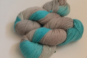 Handgefärbte Wolle Merino-Seide-Leinen Nr. 289 für Socken und mehr von Farbenspielerei