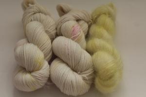 Handgefärbte Wolle Merino-Cashmere und Mohair-Seide Set 20/22 von Farbenspielerei