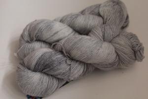 Handgefärbtes Lacegarn Merino-Seide Nr. ZFs1 von Farbenspielerei