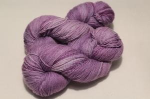 Handgefärbte Wolle Merino-Maulbeerseide Nr. 53 von Farbenspielerei - Handarbeit kaufen