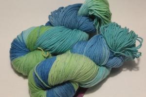 Handgefärbte Merinowolle Nr. 30 von Farbenspielerei - Handarbeit kaufen