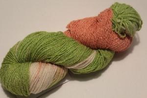 Handgefärbte Wolle Merino-Maulbeerseide Nr. 58 von Farbenspielerei  - Handarbeit kaufen