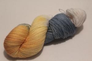 Handgefärbte klassische Sockenwolle 4-fädig Nr. 21/11 von Farbenspielerei - Handarbeit kaufen