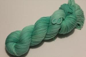 Handgefärbte Kuschel-Sockenwolle Nr. 21/25 (nicht nur für Socken) von Farbenspielerei  - Handarbeit kaufen