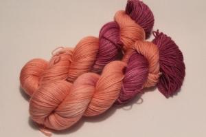 Handgefärbte Wolle Merino-Cashmere 21/10 AP von Farbenspielerei