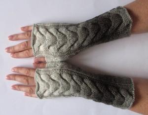 Handstulpen Handschuhe Grau weiß schwarz  - Handarbeit kaufen