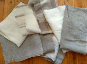 Stoffpakete Stoffreste Leinenreste sortiert Stoff unterschiedlicher Dicke in verschiedenen Größen  - Handarbeit kaufen