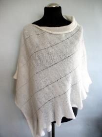 Poncho Cape Kleidung Weiß Streifen Striped   - Handarbeit kaufen
